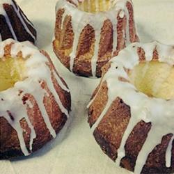 クグロフ型レモンケーキ。