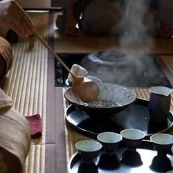 中国茶、濃茶、薄茶、をひとつの茶室で茶事のように。